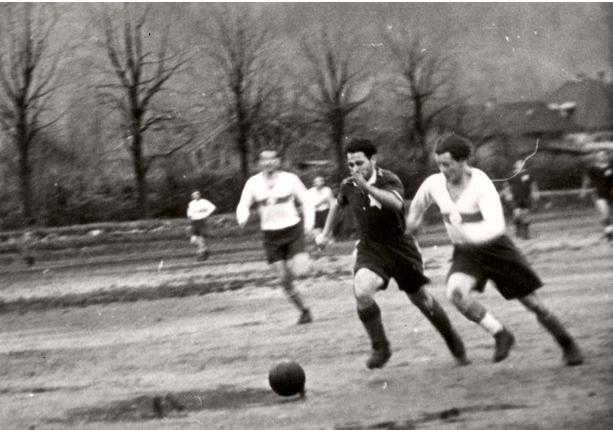 כדורגל במחנות העקורים
